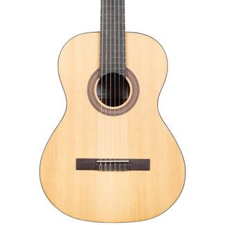 Katoh MCG18 Classical Guitar and Gig Bag body